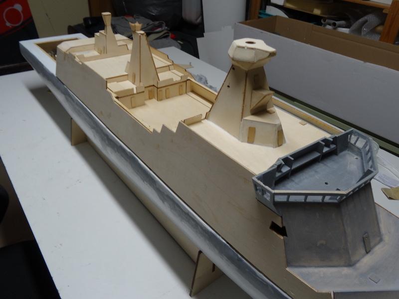 HDMS Absalon (L16) de Billing Boats Dsc02815