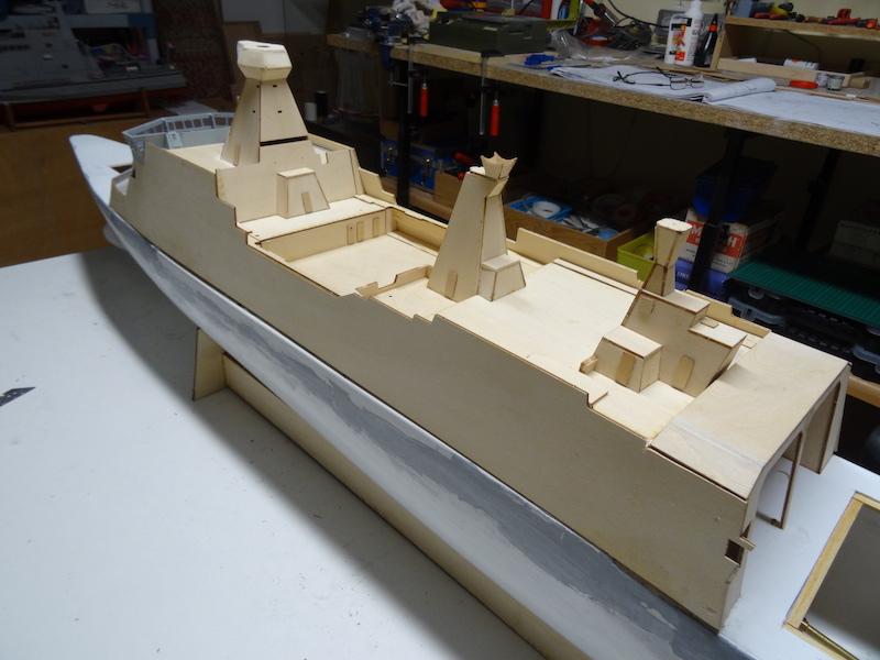 HDMS Absalon (L16) de Billing Boats Dsc02816