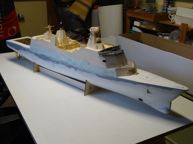 HDMS Absalon (L16) de Billing Boats - Page 2 Dsc02911