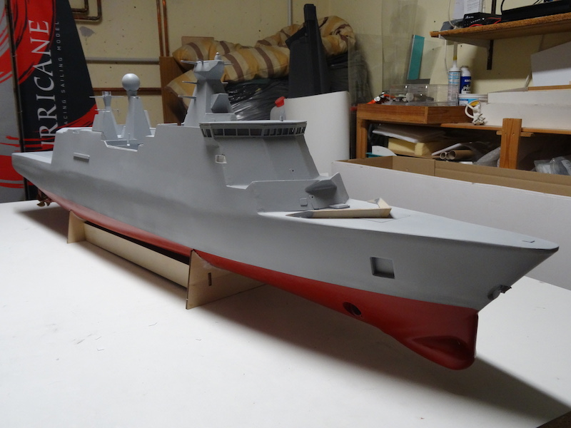 HDMS Absalon (L16) de Billing Boats - Page 2 Dsc03110