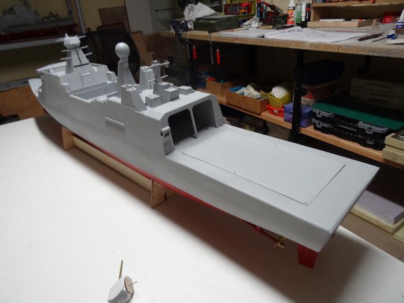 HDMS Absalon (L16) de Billing Boats - Page 2 Dsc03112