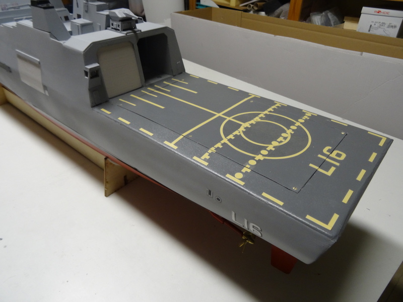 HDMS Absalon (L16) de Billing Boats - Page 2 Dsc03116