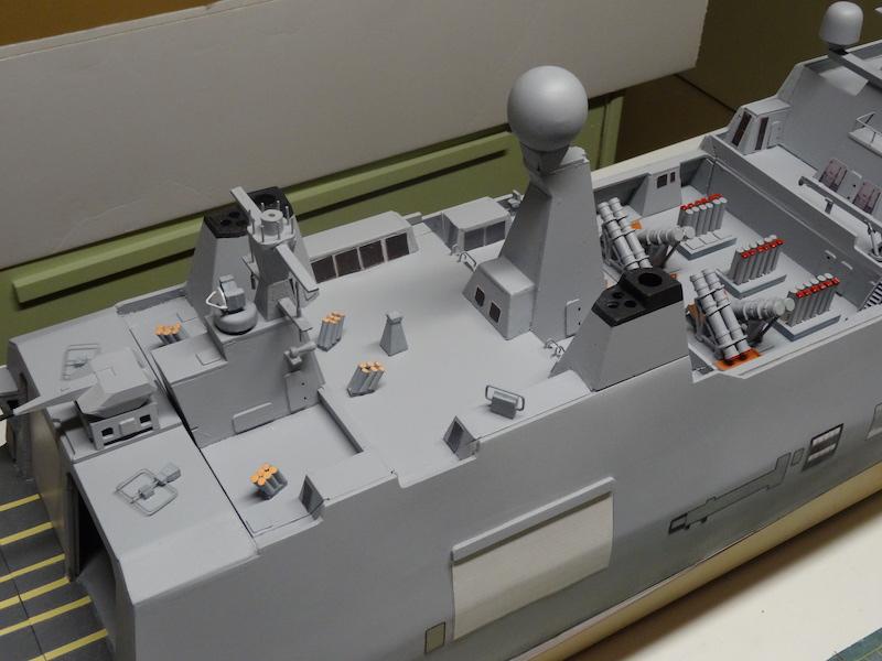 HDMS Absalon (L16) de Billing Boats - Page 2 Dsc03119