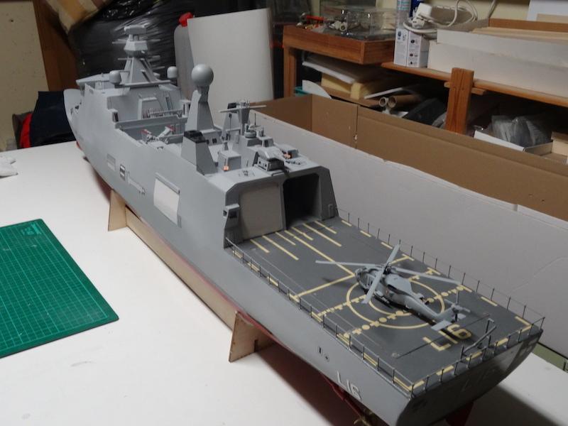 HDMS Absalon (L16) de Billing Boats - Page 2 Dsc03311