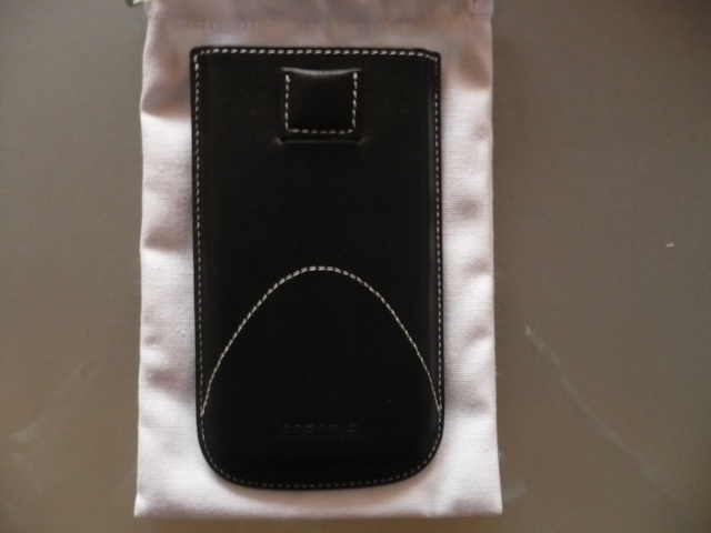 [ORDICA-STORE] Test de l'étui vertical haute couture pour HTC DESIRE P1040314