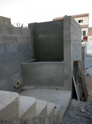 constrution d un bassin a la monter d un escalier  fred gea P1000234