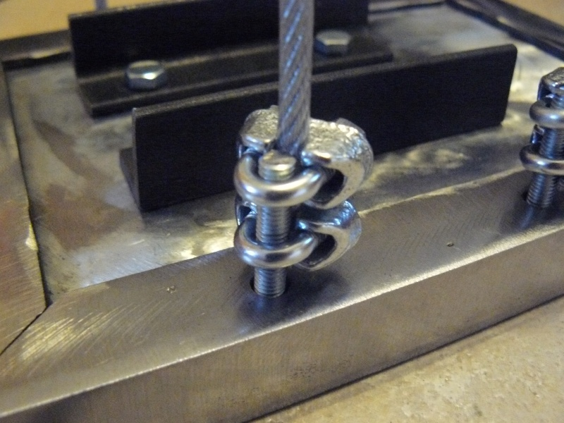 Petit moteur pour touret à métaux - Page 2 P1130314