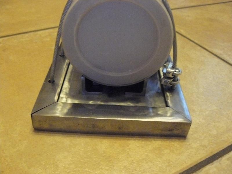 Petit moteur pour touret à métaux - Page 2 P1130317