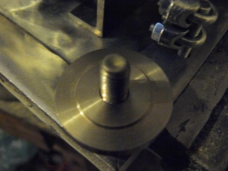 Petit moteur pour touret à métaux - Page 2 P1130323