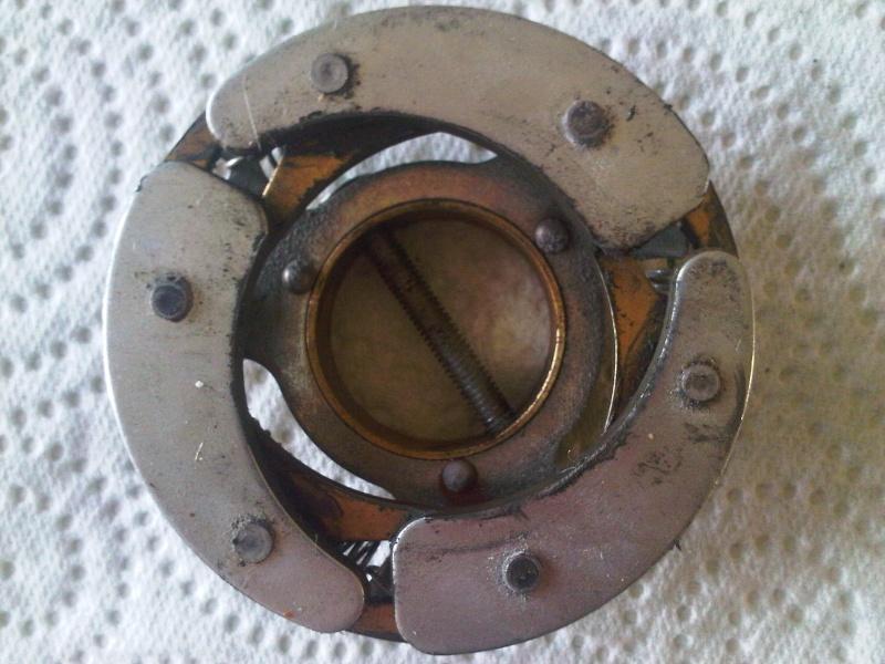 Remplacement d'un relai centrifuge par un relai temporisé Img00012
