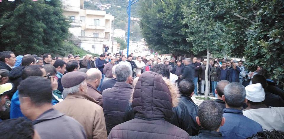 Rassemblement à Aokas contre les élections du 12 décembre 2019 (mercredi 20 novembre 2019) 1187