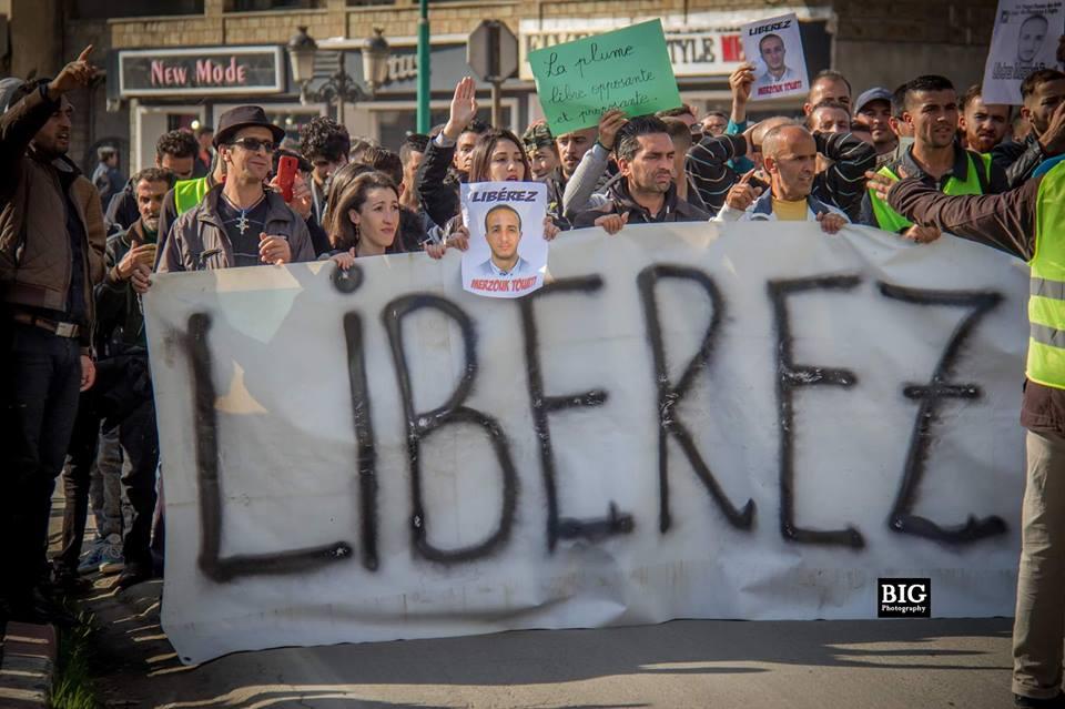 marche des libertés le 10 décembre 2018 à Bejaia pour libérer Merzouk Touati et tous les détenus d'opinion - Page 3 2032