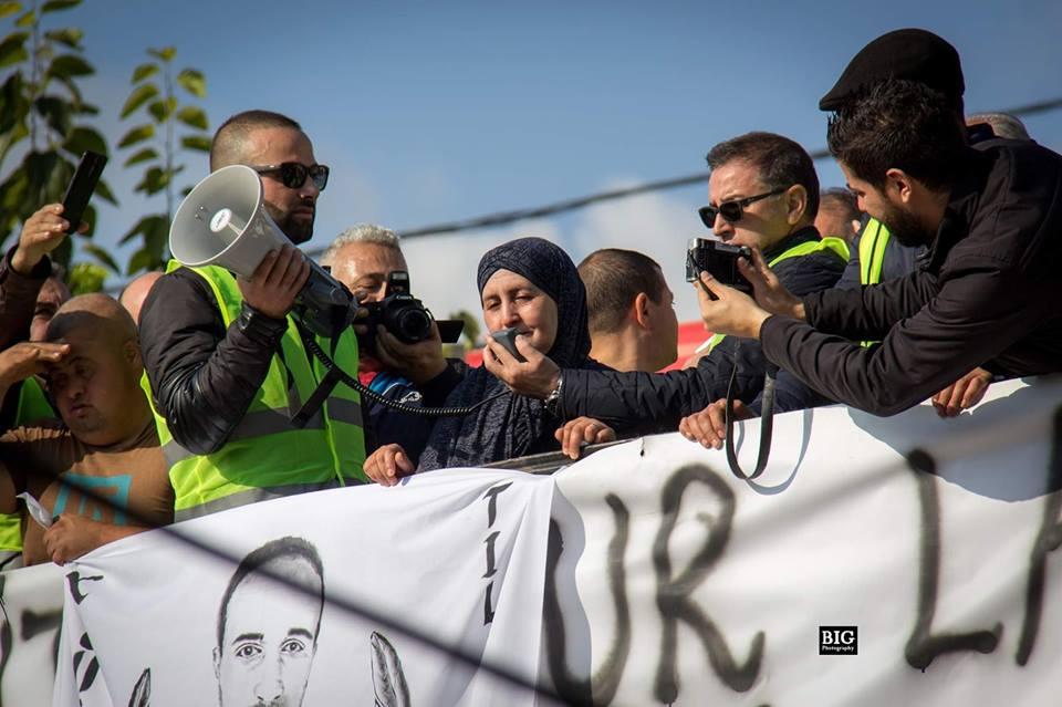 marche des libertés le 10 décembre 2018 à Bejaia pour libérer Merzouk Touati et tous les détenus d'opinion - Page 3 2033