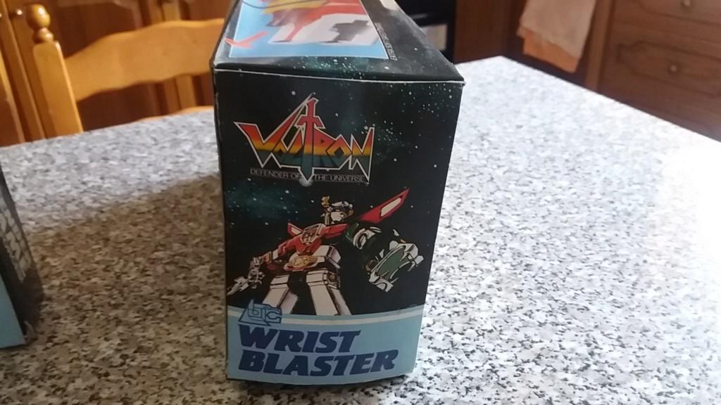 voltron wrist blaster + voltron castle defender target game,entrambi nuovi fondo magazzino, 20180817