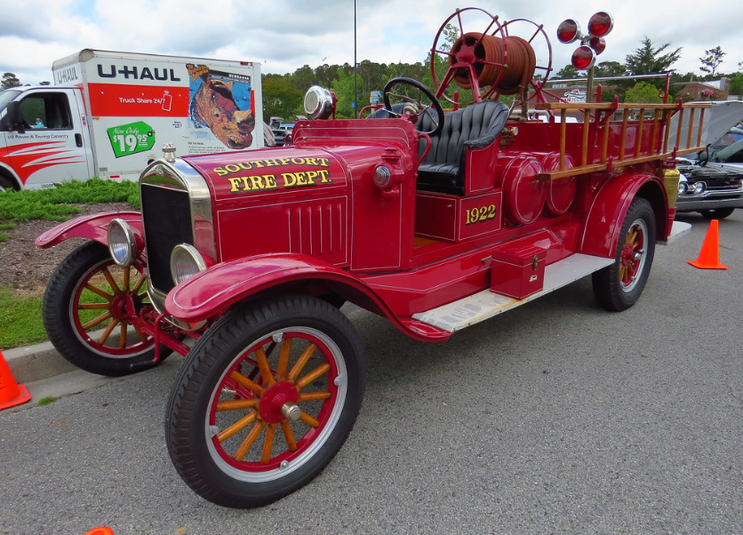 Car & Truck Show, Southport, May 4, 2019 0112