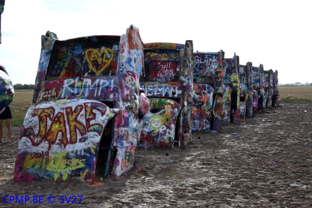 Cadillac Ranch, USA, 21 juillet 201+ A115