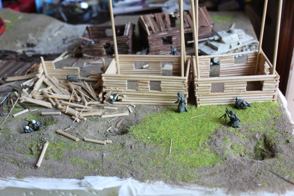 Diorama: Assaut contre un village sur le front de l'Est, hiver 1944-1945 Img_3212