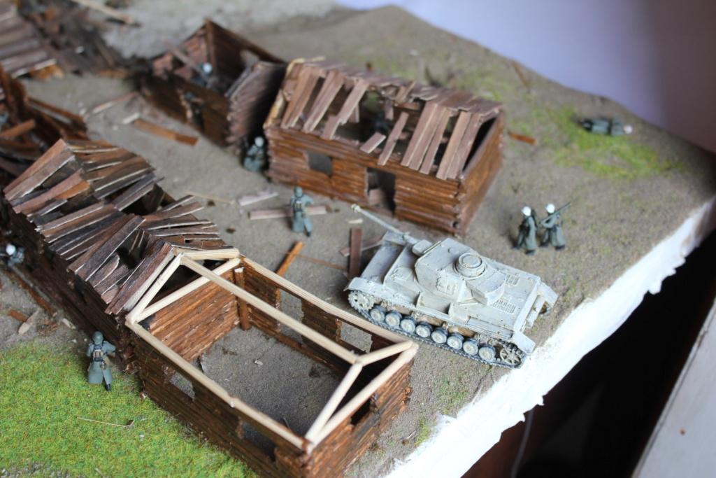 Diorama: Assaut contre un village sur le front de l'Est, hiver 1944-1945 Img_3313