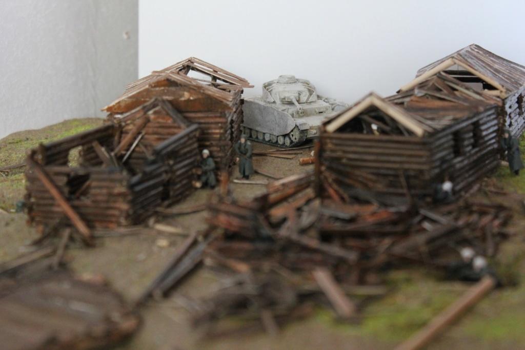 Diorama: Assaut contre un village sur le front de l'Est, hiver 1944-1945 Img_3430
