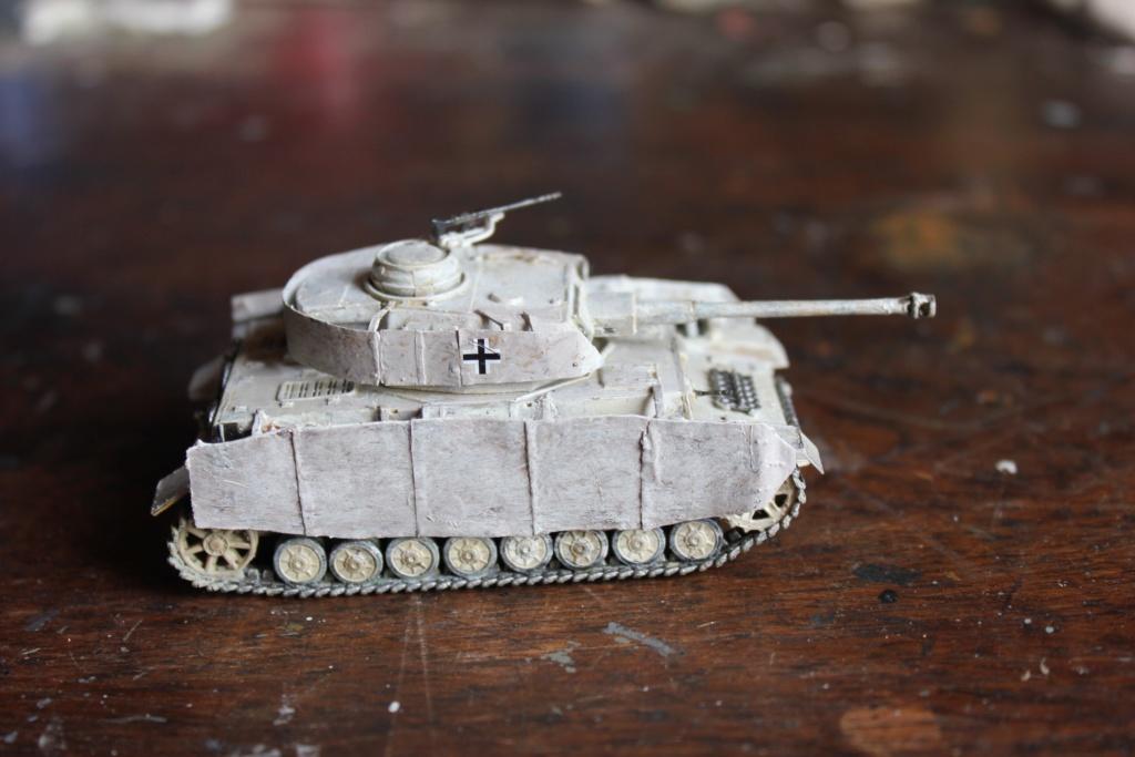 Diorama: Assaut contre un village sur le front de l'Est, hiver 1944-1945 Img_3435