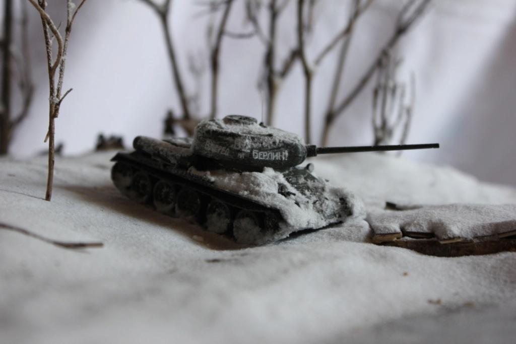Diorama: Assaut contre un village sur le front de l'Est, hiver 1944-1945 Thumb117