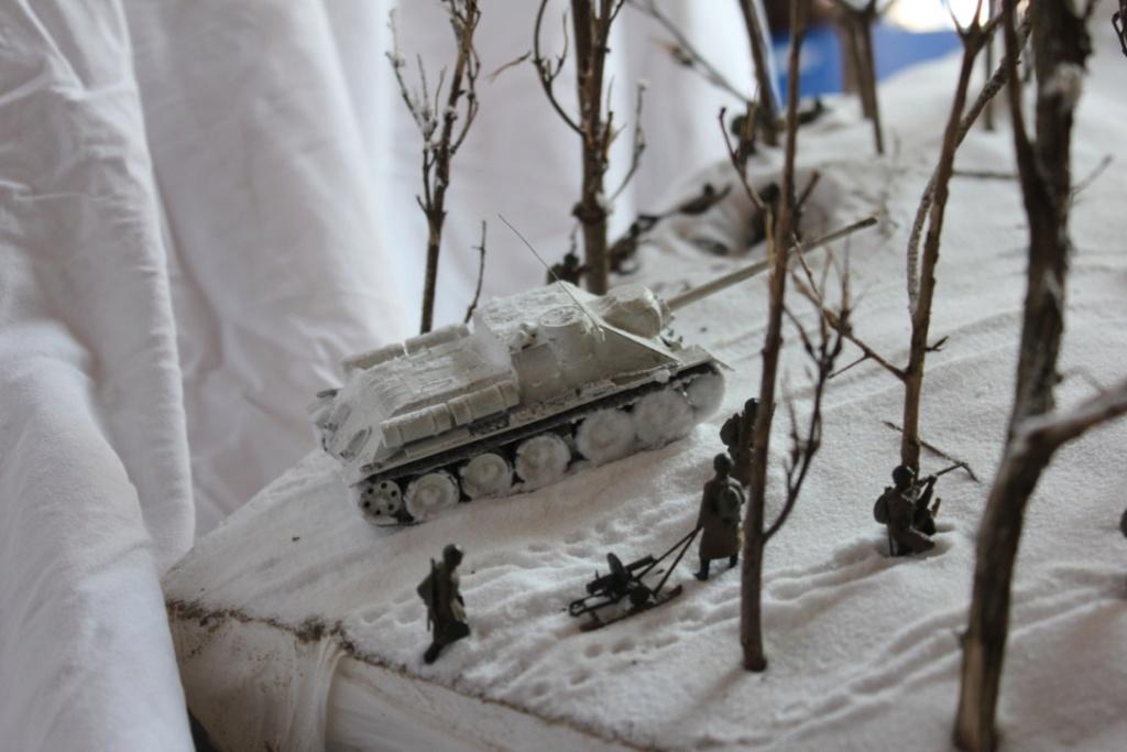 Diorama: Assaut contre un village sur le front de l'Est, hiver 1944-1945 Thumb118