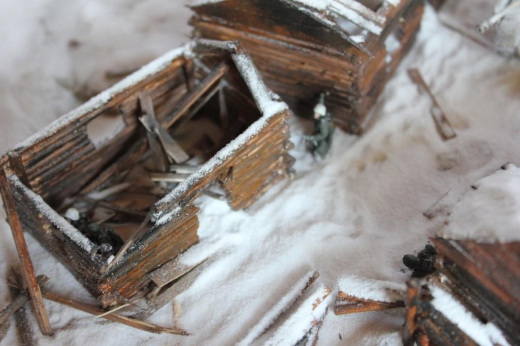 Diorama: Assaut contre un village sur le front de l'Est, hiver 1944-1945 Thumb125