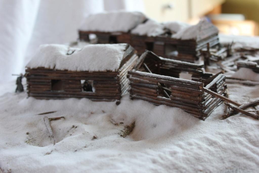 Diorama: Assaut contre un village sur le front de l'Est, hiver 1944-1945 Thumb127