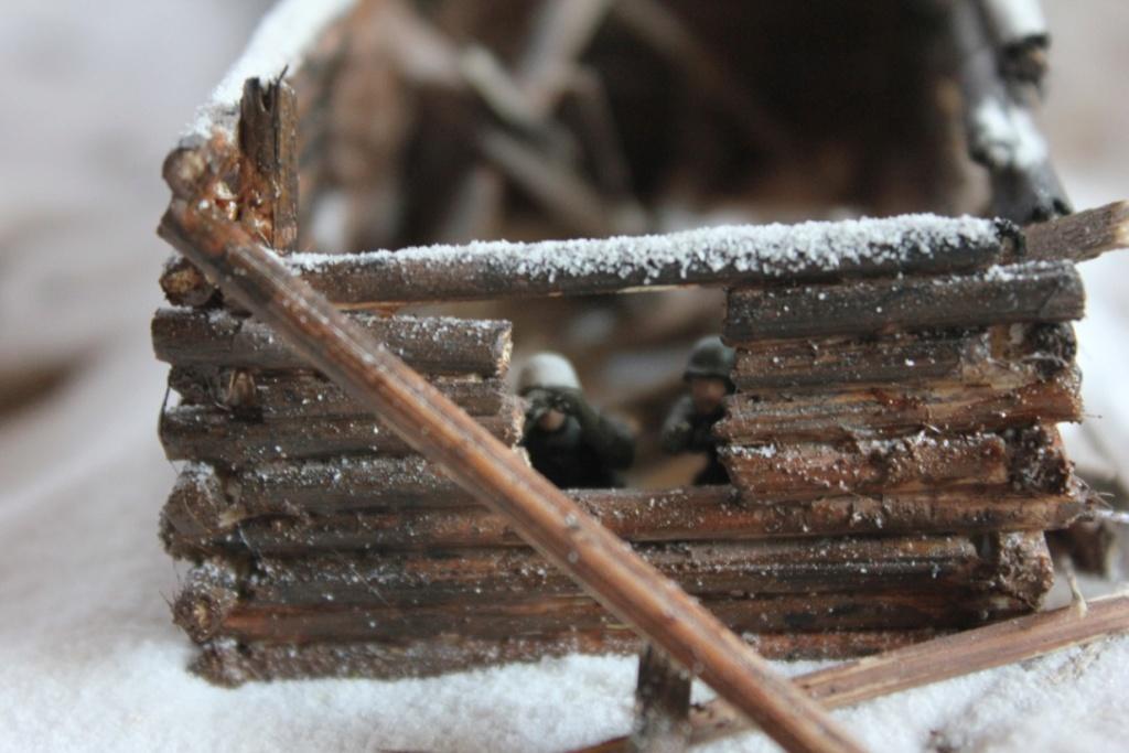Diorama: Assaut contre un village sur le front de l'Est, hiver 1944-1945 Thumb128