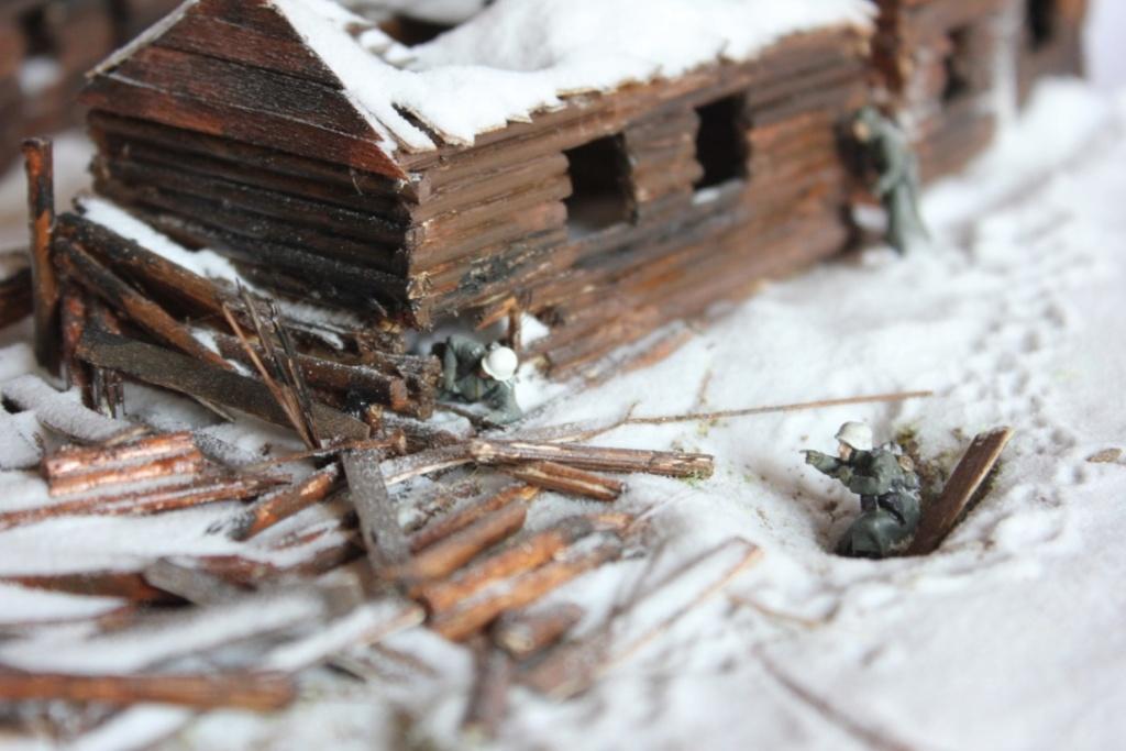 Diorama: Assaut contre un village sur le front de l'Est, hiver 1944-1945 Thumb130