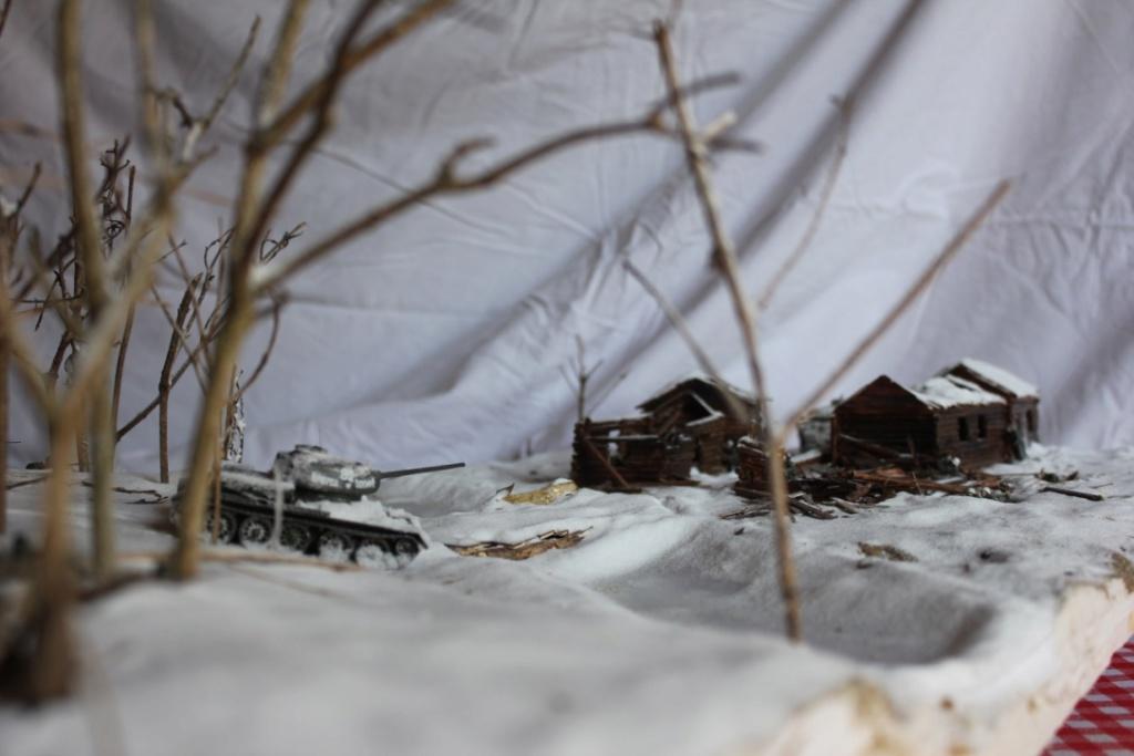 Diorama: Assaut contre un village sur le front de l'Est, hiver 1944-1945 Thumb135