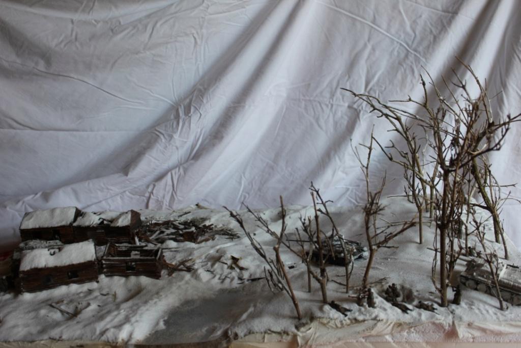 Diorama: Assaut contre un village sur le front de l'Est, hiver 1944-1945 Thumb142