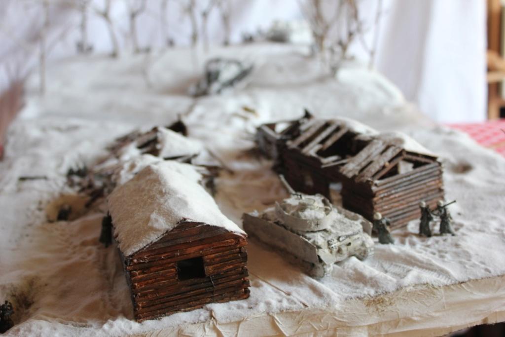 Diorama: Assaut contre un village sur le front de l'Est, hiver 1944-1945 Thumb144