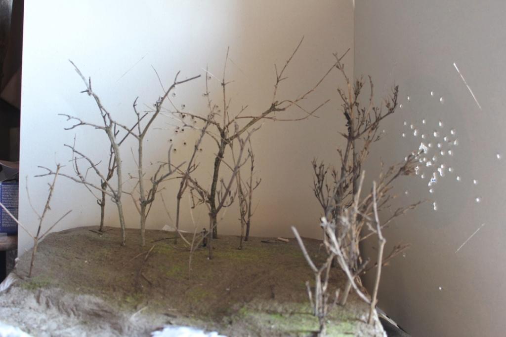 Diorama: Assaut contre un village sur le front de l'Est, hiver 1944-1945 Thumb_10