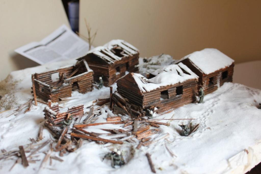 Diorama: Assaut contre un village sur le front de l'Est, hiver 1944-1945 Thumb_18
