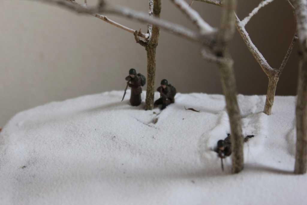 Diorama: Assaut contre un village sur le front de l'Est, hiver 1944-1945 Thumb_32