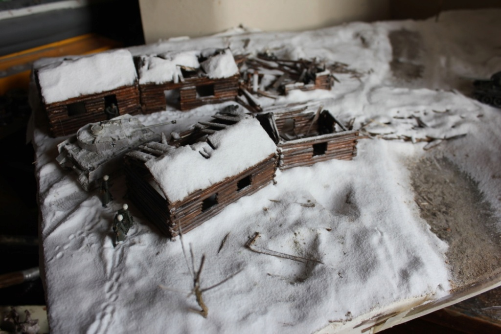 Diorama: Assaut contre un village sur le front de l'Est, hiver 1944-1945 Thumb_38