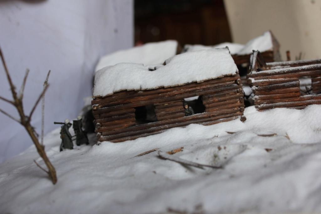 Diorama: Assaut contre un village sur le front de l'Est, hiver 1944-1945 Thumb_39