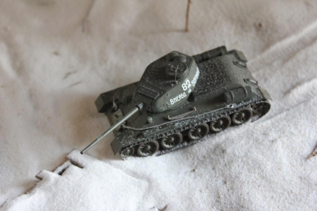 Diorama: Assaut contre un village sur le front de l'Est, hiver 1944-1945 Thumb_43