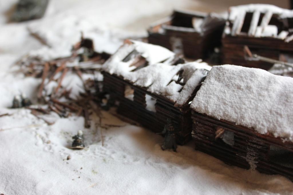 Diorama: Assaut contre un village sur le front de l'Est, hiver 1944-1945 Thumb_44