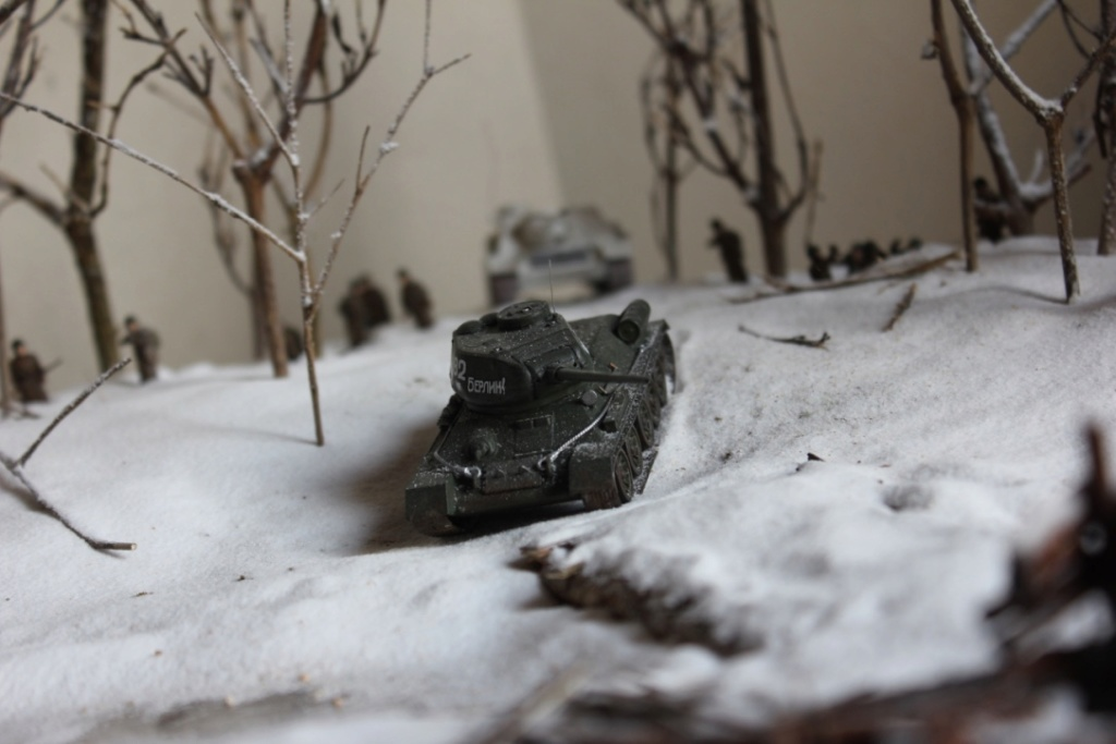 Diorama: Assaut contre un village sur le front de l'Est, hiver 1944-1945 Thumb_46