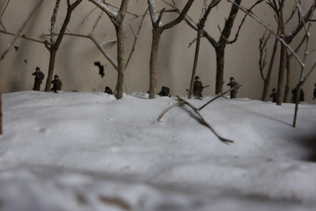 Diorama: Assaut contre un village sur le front de l'Est, hiver 1944-1945 Thumb_47
