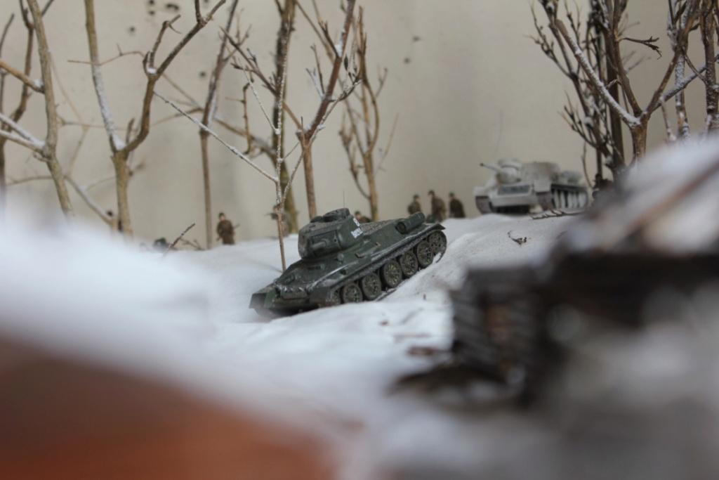 Diorama: Assaut contre un village sur le front de l'Est, hiver 1944-1945 Thumb_49