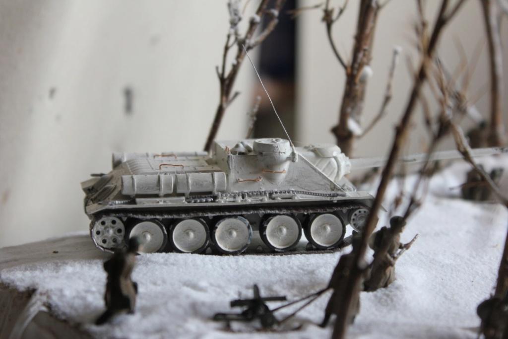 Diorama: Assaut contre un village sur le front de l'Est, hiver 1944-1945 Thumb_52
