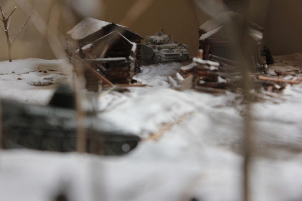 Diorama: Assaut contre un village sur le front de l'Est, hiver 1944-1945 Thumb_56