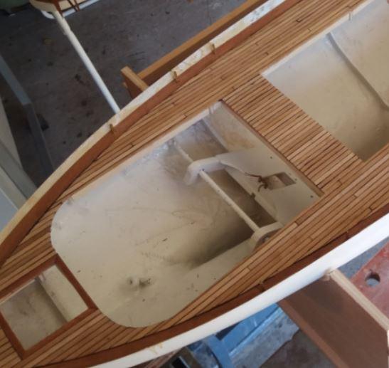 « Méthode » de construction maquette de voilier RC en bois  - Page 2 Yuk10