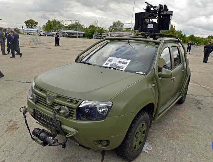Dacia cartonne, un Duster Pick-Up en préparation ? Dacia_36
