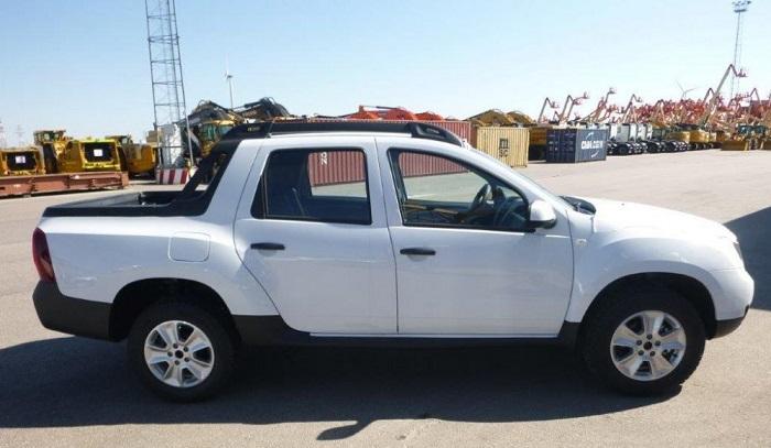 Dacia cartonne, un Duster Pick-Up en préparation ? Import10