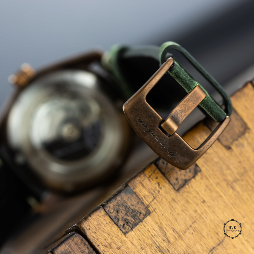 Spinnaker Watches - Page 2 Img_7718