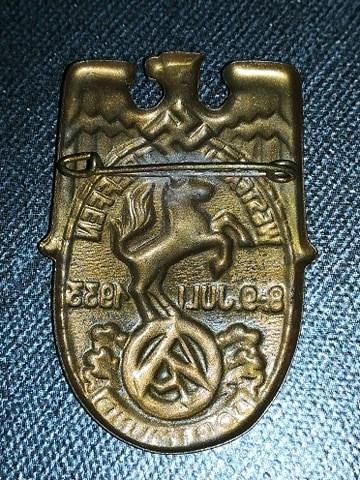 Avis badge reunion SA 13195910